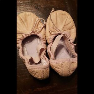 Great condition leather Bloch ballet slippers